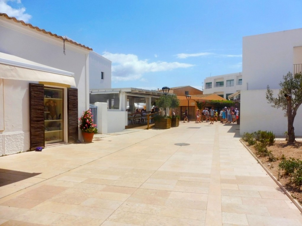 Formentera Ibiza Sistersm (11)