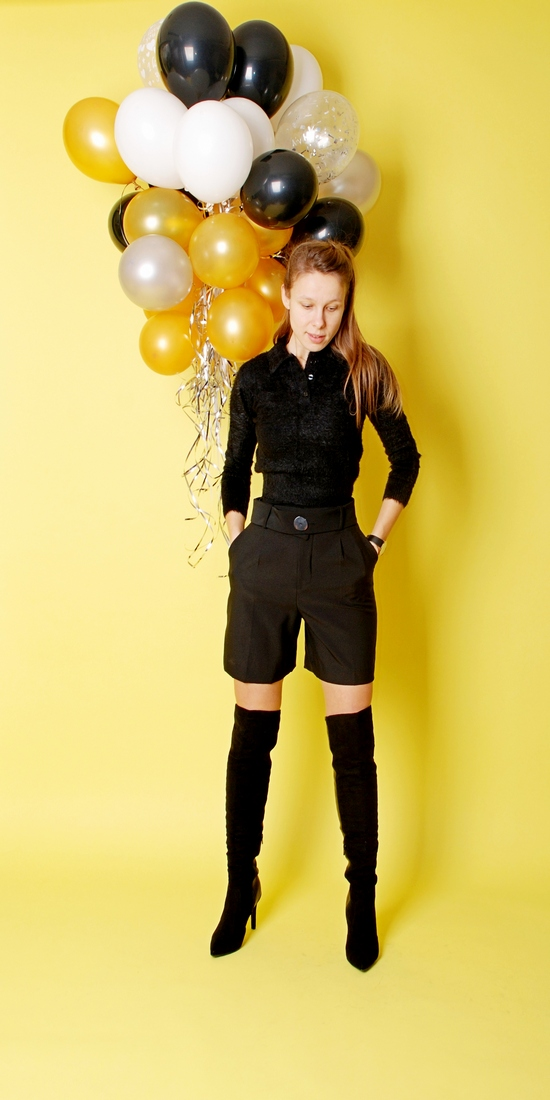 BIRTHDAY PARTY IN BLACK THIGH HIGH BOOTS IN WORLD'S ATTRACTIONS OF MG